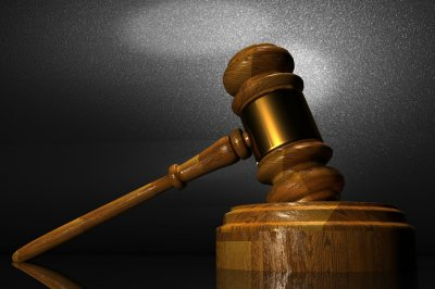 Agreement stops prayer at Tenn. schools pending court case