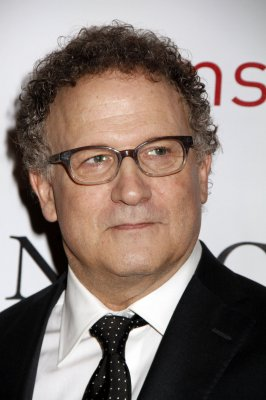 Albert Brooks to play Marlin again in 'Finding Nemo 2'