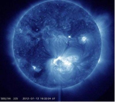 Solar flare sends storm toward Earth