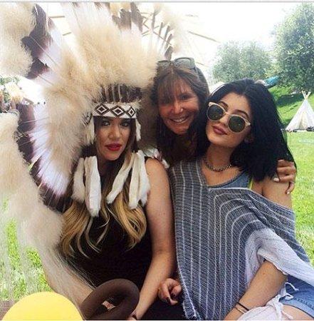 Khloe Kardashian slammed for wearing 'insensitive' headdress to North West's party