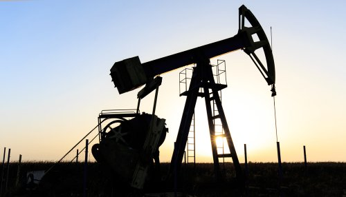 EIA reviewing crude oil export ban