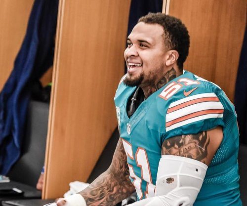 Miami Dolphins' Mike Pouncey: Hip injury not career-threatening