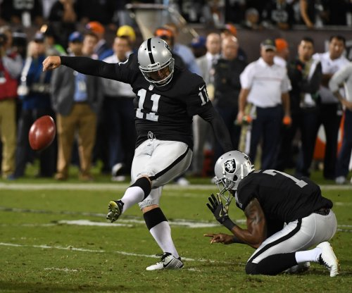 Oakland Raiders, kicker Sebastian Janikowski embroiled in contract dispute