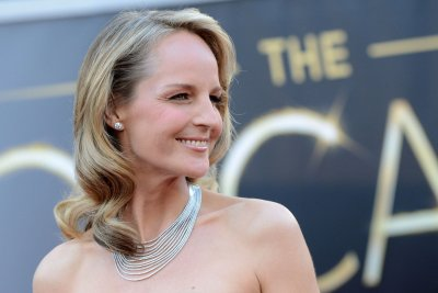 Helen Hunt, Paul Reiser confirmed for 'Mad About You' revival