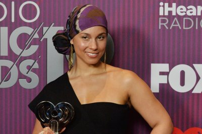 Alicia Keys working with Benj Pasek, Justin Paul on musical Showtime drama
