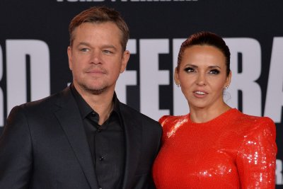 Matt Damon says stepdaughter had COVID-19