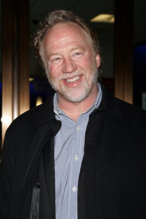 Busfield may lose house to foreclosure