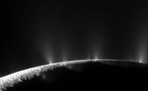 Saturn's icy moon Enceladus has 101 geysers