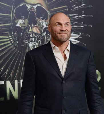 Randy Couture gets the boot on 'Dancing with the Stars'