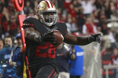 San Francisco 49ers surprise with NaVorro Bowman, Carlos Hyde
