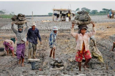 Report: 40 million live in slavery, 125 million in child labor