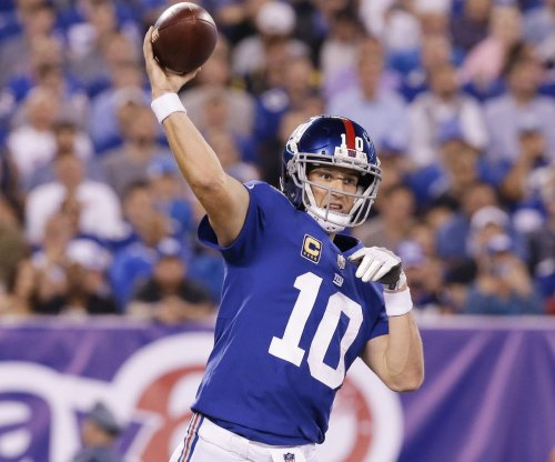 New York Giants: Ben McAdoo calls out QB Eli Manning