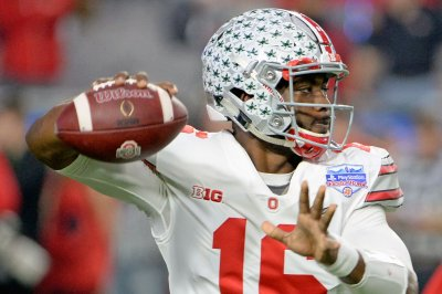 J.T. Barrett tosses seven TDs to lift No. 9 Ohio St. in rout of Nebraska