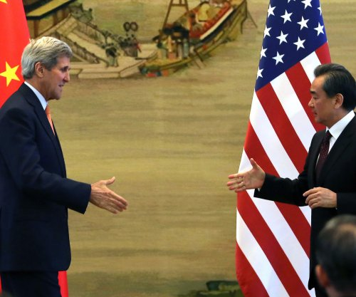 Kerry: U.S. concerned with South China Sea land project