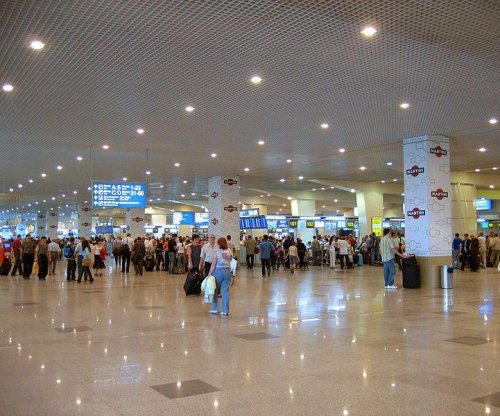 Fire in Moscow airport's storage room prompts evacuation, flight delays