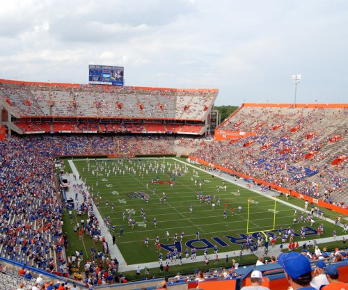 Florida-LSU football game postponed due to Hurricane Matthew path
