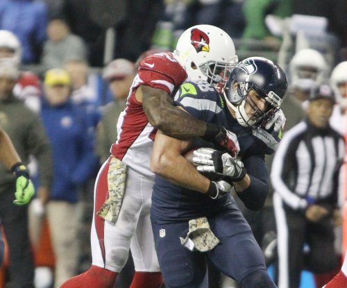 Arizona Cardinals pick up fifth-year option on LB Deone Bucannon for 2018 season