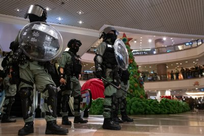 Reports: China's military training Hong Kong police on marching style