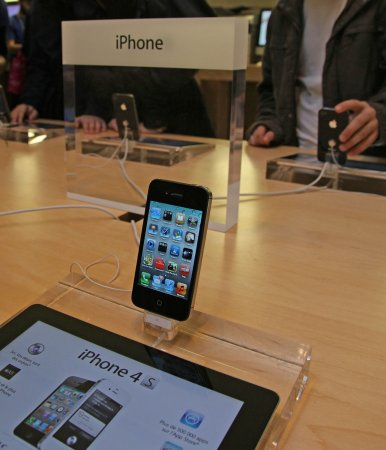 Apple releases iOS update