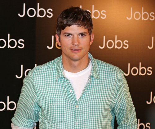 Ashton Kutcher complains about lack of changing stations in men's restrooms