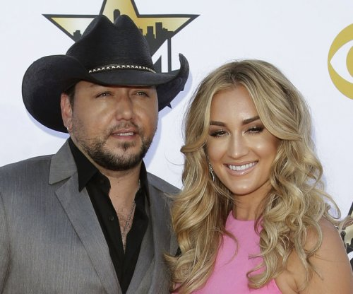 Jason Aldean says marriage to Brittany Kerr is 'great'