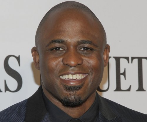 Wayne Brady to star in Broadway's 'Kinky Boots'