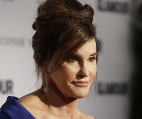 Caitlyn Jenner honored at Glamour Women of the Year awards