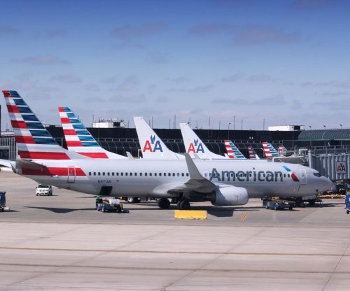American Airlines pilot arrested for suspected intoxication