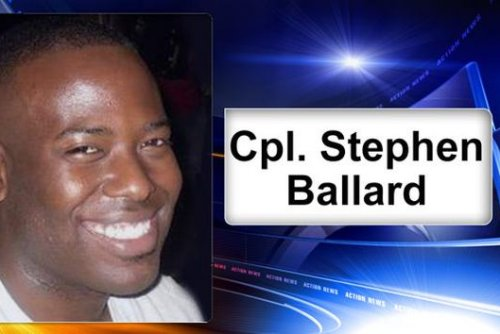 Delaware state trooper shot to death, police surround suspect's house