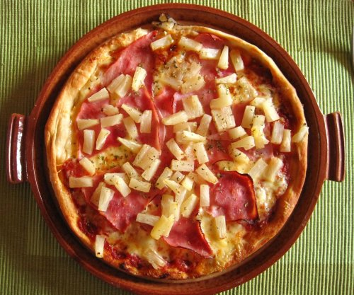 Man credited with inventing Hawaiian pizza dies