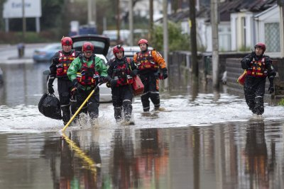 Storm Dennis: At least 3 dead amid serious flooding in Britain