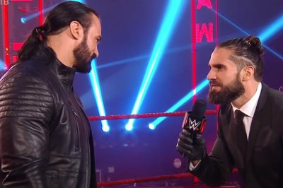 WWE Raw: Drew McIntyre, Seth Rollins sign contract for title match