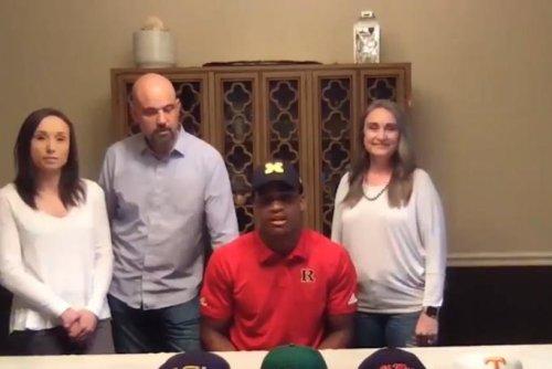 LB Junior Colson commits to Michigan over Tennessee, Oregon