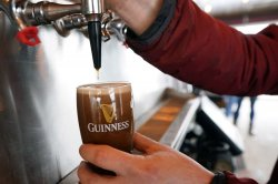 Moderate drinking linked to lower heart attack risk, study says