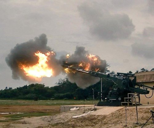 Indian army receives three Dhanush howitzers