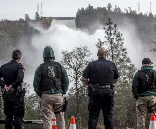 Residents permitted to return to homes near Oroville Dam