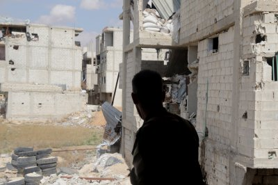 IS fighters given 48 hours to leave fringe of Syrian capital