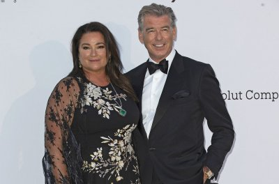 Pierce Brosnan, wife Keely celebrate 25th anniversary in New York