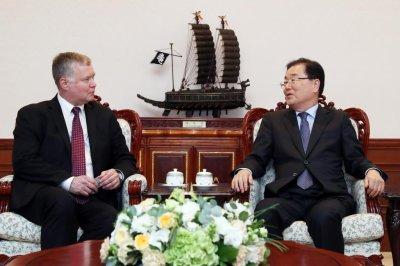 U.S. envoy on North Korea visits Seoul