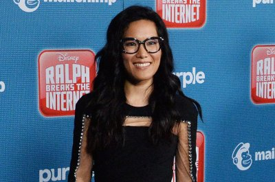 Ali Wong felt 'pure joy' while kissing Daniel Dae Kim