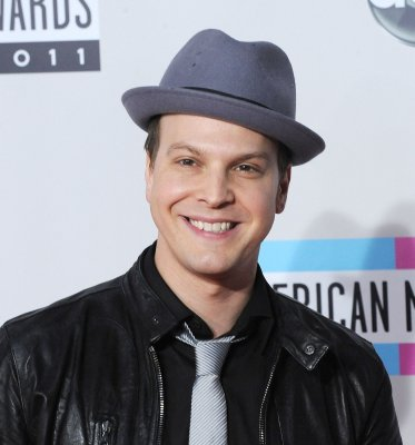 DeGraw gets the boot on 'Dancing'