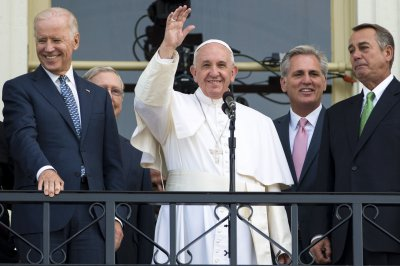 Vatican: Pope's meeting with Kim Davis not a show of support
