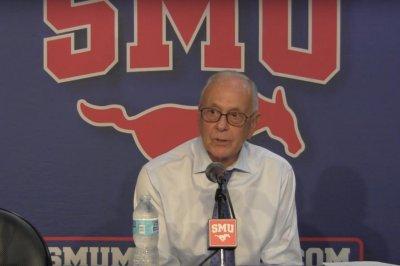 SMU roars back on Cincinnati to stay unbeaten