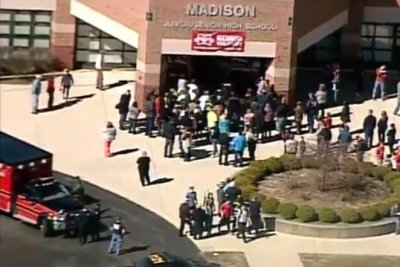 Four students injured in Ohio school shooting; 14-year-old suspect arrested, charged