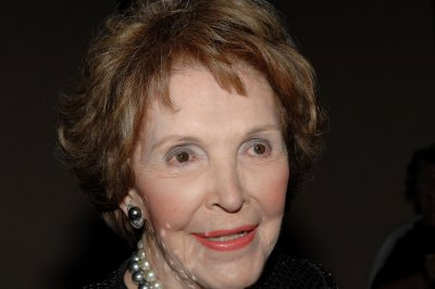 Former first lady Nancy Reagan dead at age 94