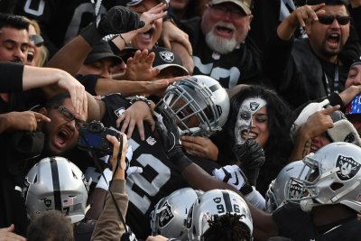 Indianapolis Colts vs Oakland Raiders: prediction, preview, pick to win