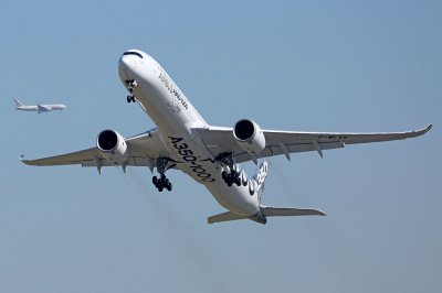 Airbus sells 73 planes to two Iranian carriers