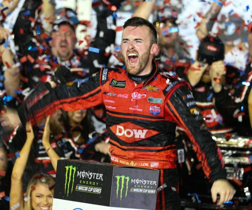 Daytona 500: Austin Dillon takes victory in No. 3