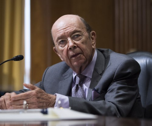 Wilbur Ross to sell all stock to satisfy ethics watchdog