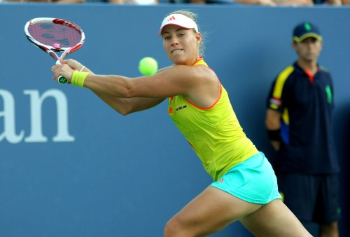 Barthel wins in upset in Doha